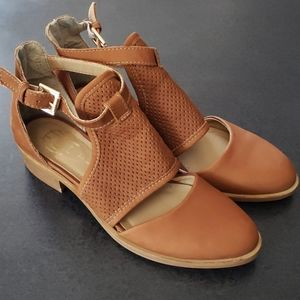 House of Harlow 1960 Camel Leather / Suede Shoes